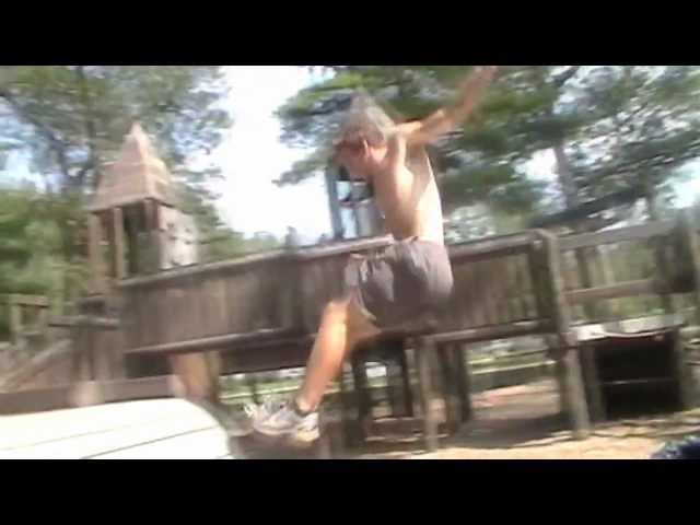 """Never Grow Up!"" - Parkour & Freerunning"