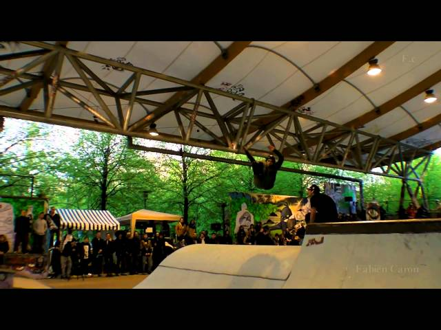Rollerblading  Street Pro Agressif - Paris Bercy