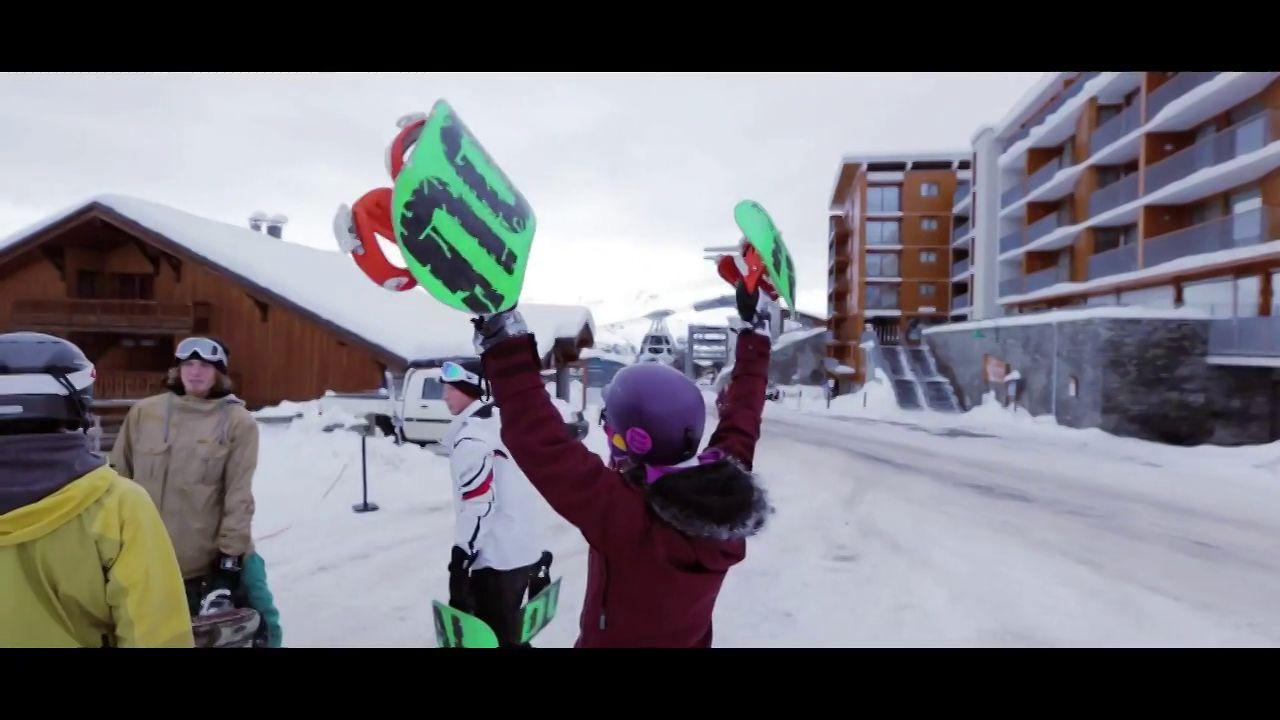DUAL Snowboards hit Europe