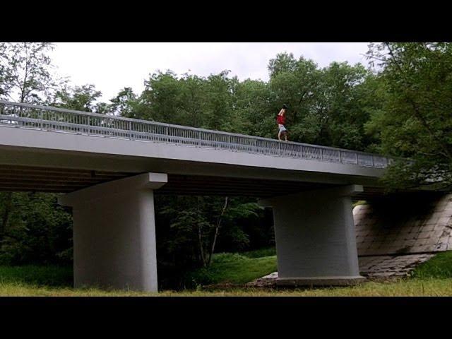 KYzas'13 handstand 3run style