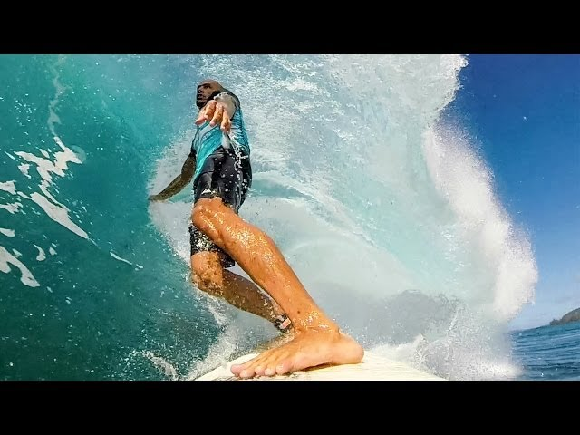 Kelly Slater Breaks Down His Waves At Pipe Masters