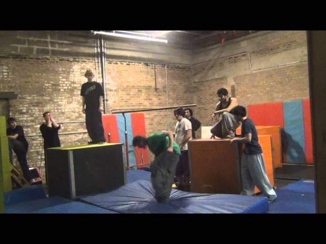 Parkour at a new gym!! Flipside Academy