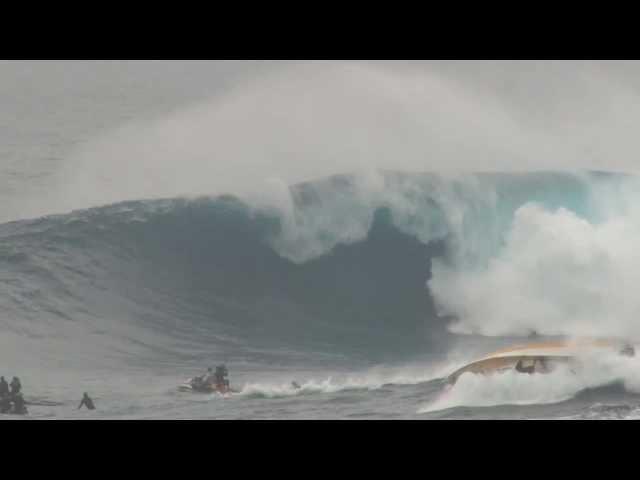 Boat Flips at Jaws