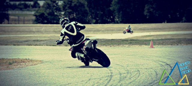 Supermoto Saturday - Awesome Supermoto Video!