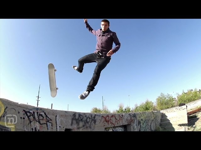 Skater VS Pebble Huge Slam