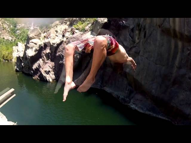 The Drop - HD Cliffjumping