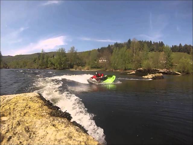 kayak freestyle - Homespot with low level