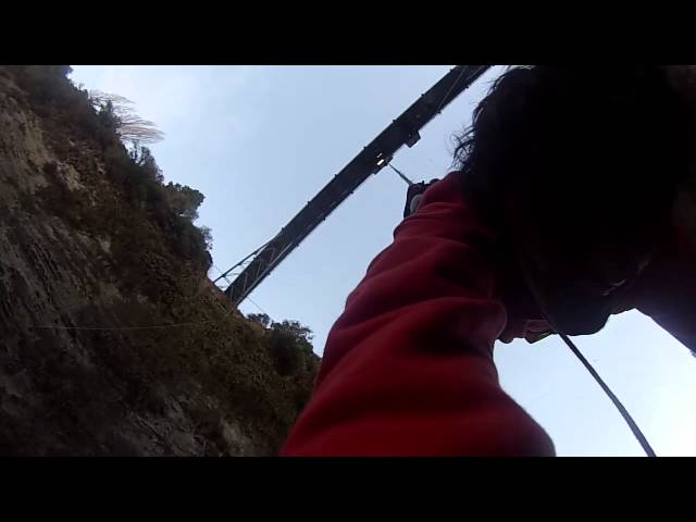 Bungee Jumping off 80m Bridge New Zealand (Gopro)