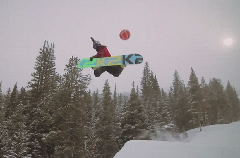 How Snowboarders Play Football