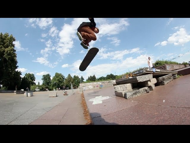Jonny Gets Robbed - Bs 180 Late double Flip