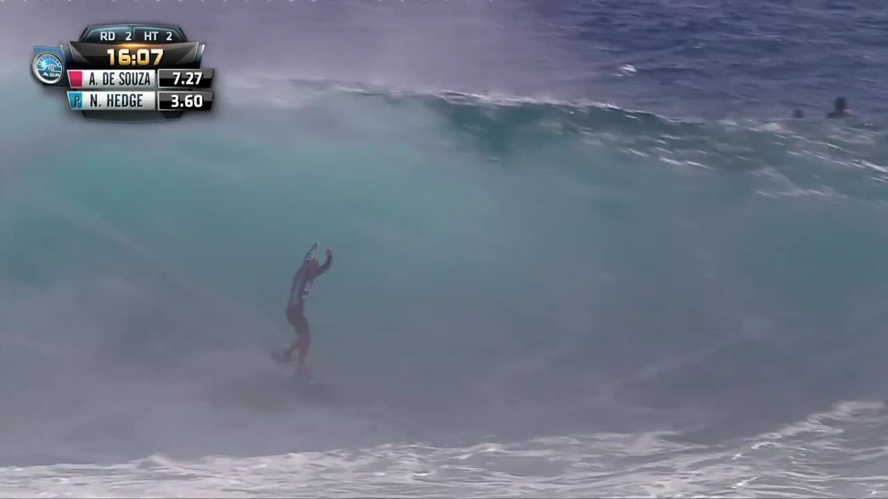 First Perfect 10 at Billabong Pro Tahiti 2014