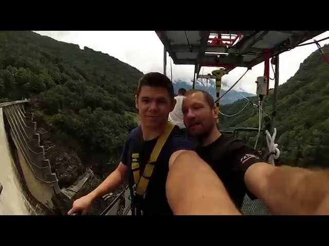 007 Bungee Jump - 220m off the Verzasca Dam