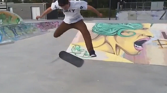 Fakie Tre Triple Flip on Flatground - Jonny Giger