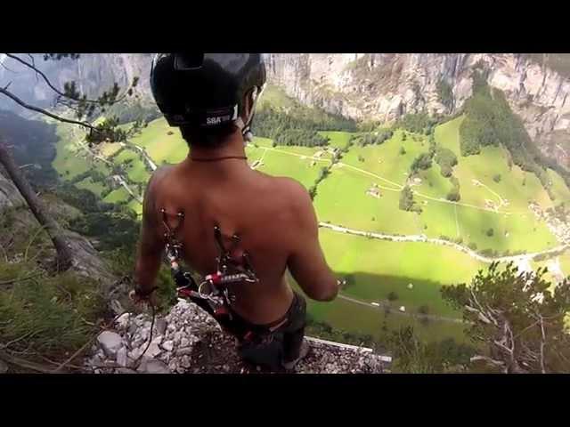 Suspension BASE jumping