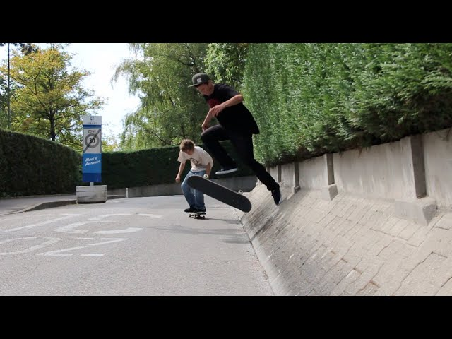 Skateboarding is Fun Alex Rademaker & Jonny Giger
