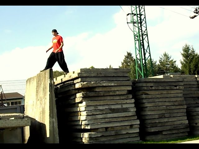 Martin Simora - X Day (Freerun) 2014
