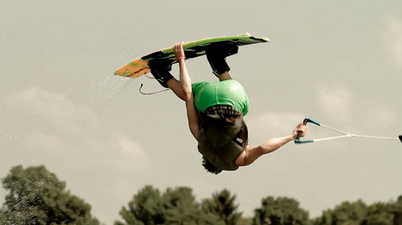 Summer Wakeboarding | Ethan Rau
