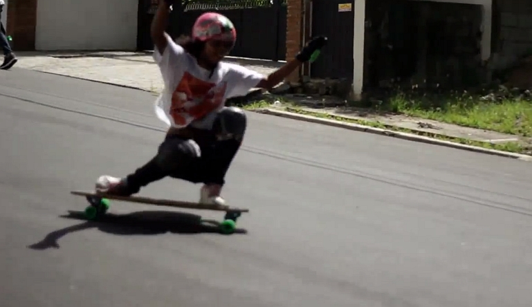 Girls Longboarding Downhill - Beautiful Runs