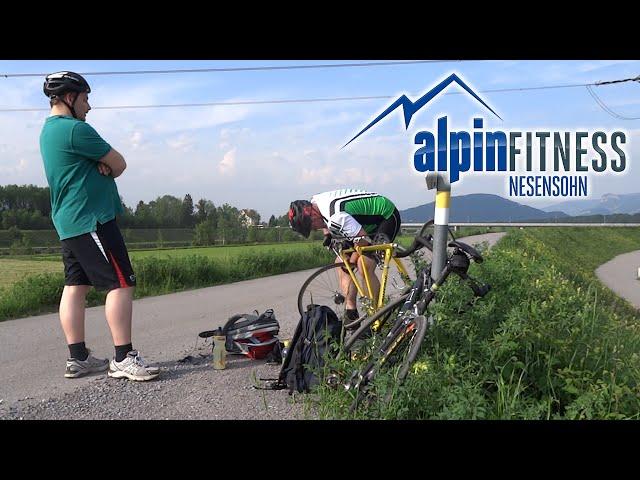 Timelapse: Road Bike - Flat Wheel Repair