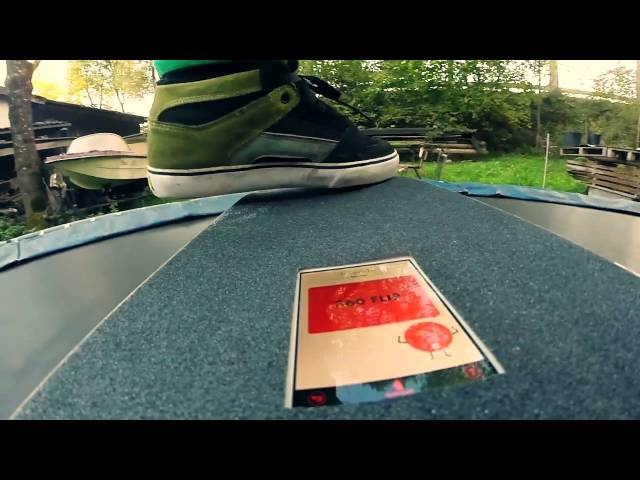 Skateboard on Trampoline - Phone detects tricks
