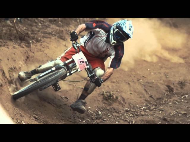Australian Dusty Downhill MTB