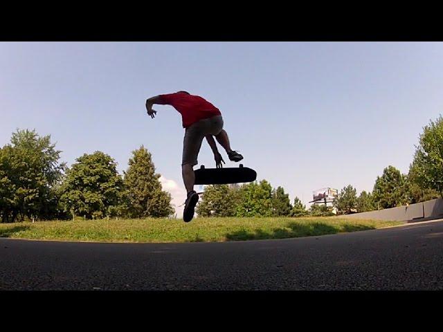 SKATEBOARDING TRICK 8: 360 BONELESS KICKFLIP