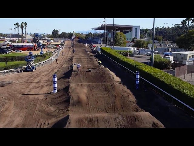 Red Bull Straight Rhythm Roczen VS Dungey