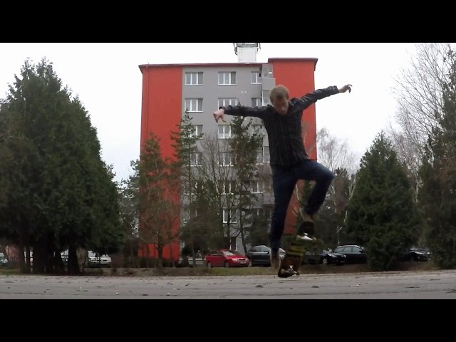 FAKIE VARIAL KICKFLIP SLOW MOTION 240 FPS