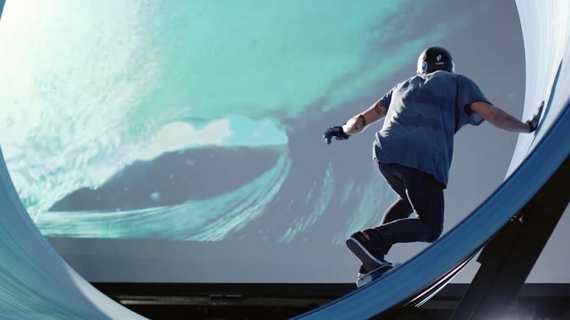Rotating Halfpipe Skate Surfing