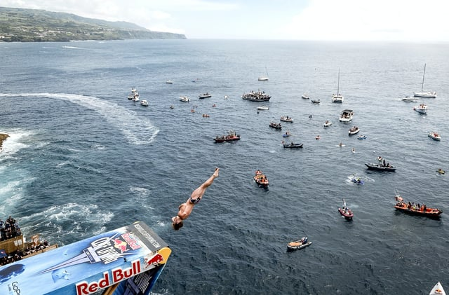 Red Bull Cliff Diving - Winning Dive Men - Azores