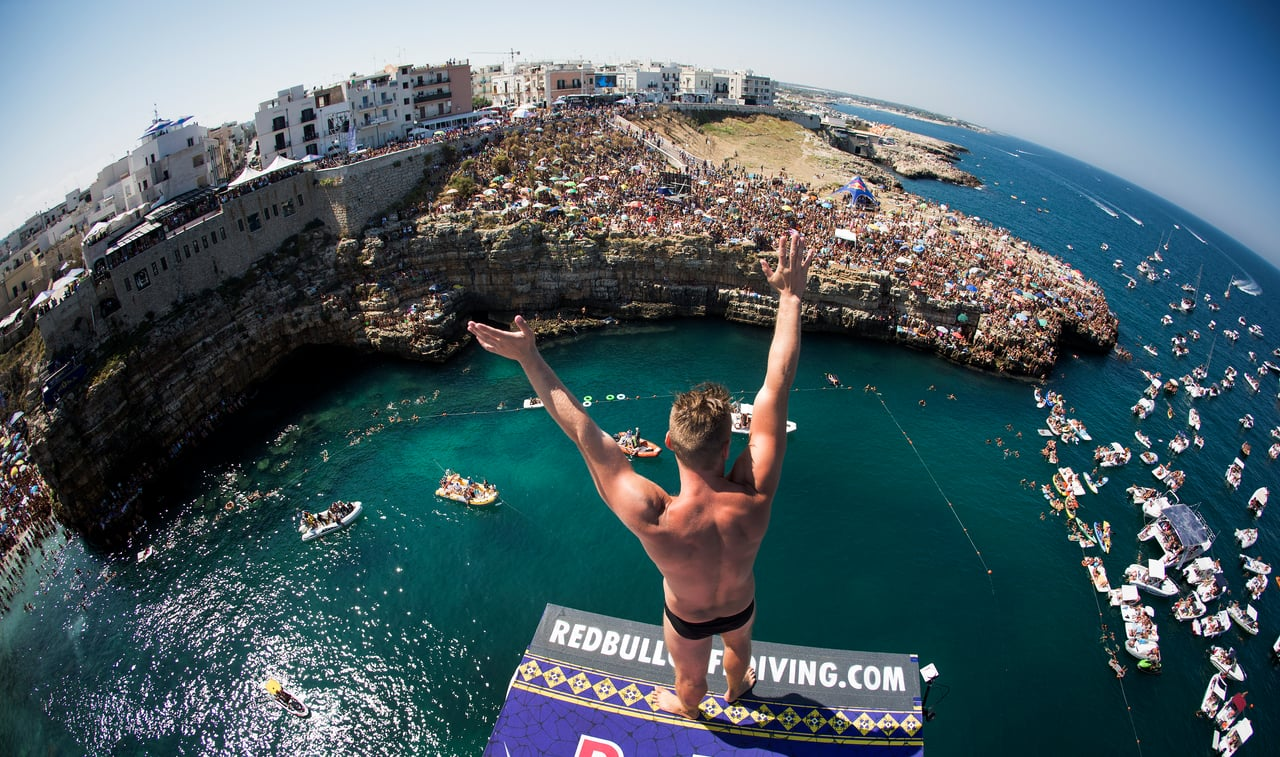 Red Bull Cliff Diving World Series 2016 - Best Mom