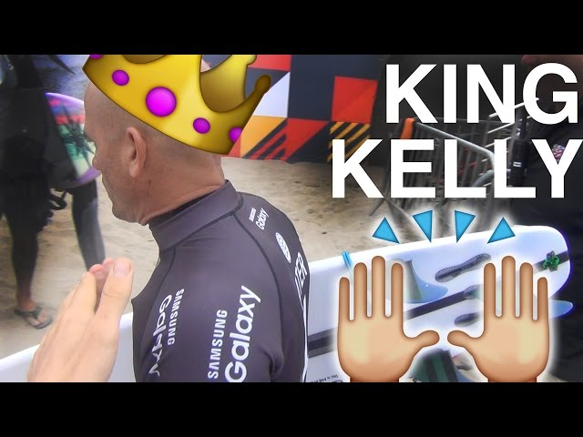HIGH FIVING KELLY SLATER
