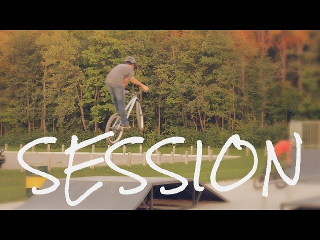 Freestyle MTB | Skatepark Evening Session