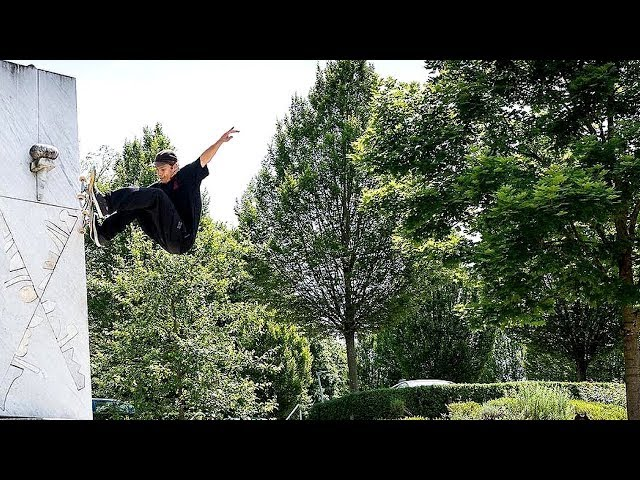 BEST SKATEBOARD TRICKS 2017! #40