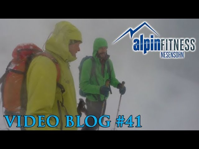 Skitour in the Storm :: VLOG #41