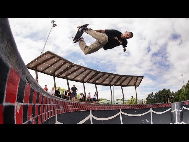 CRAZY SKATEBOARD TRICKS 2018!  #9