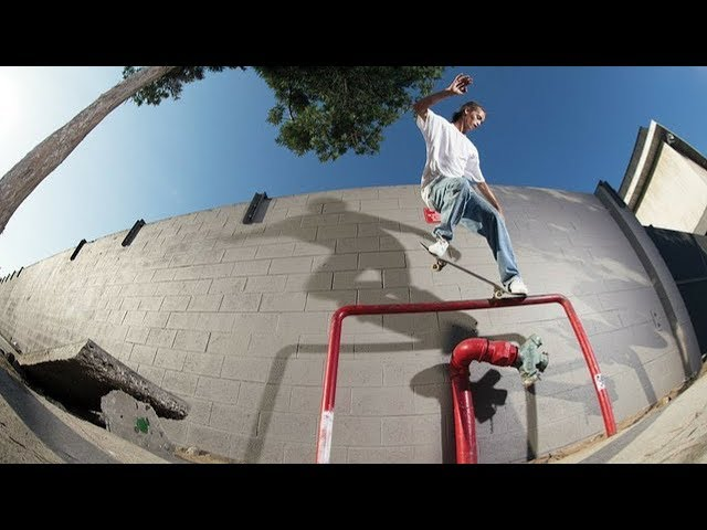 BEST SKATEBOARD TRICKS 2018! #32