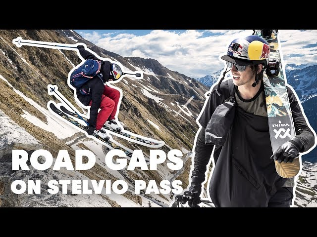 Freestyle Skiing on Stelviopass