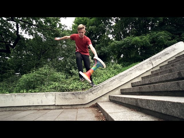 Smooth tricks at some nice spots in Berlin