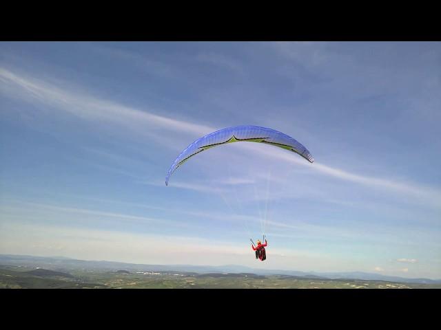 Paragliding like ikarus