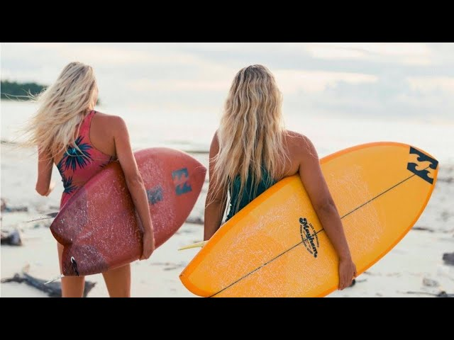 THE GIRLS OF SURFING XX
